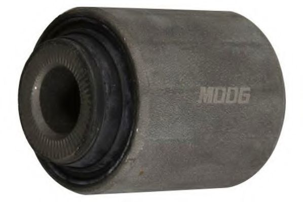 Сайлентблок рычага MOOG DESB10821