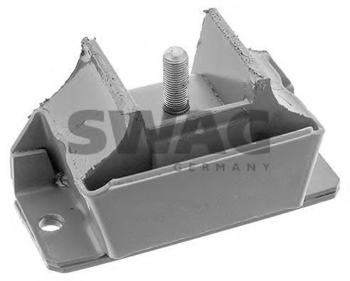Опора двигателя SWAG 62130004