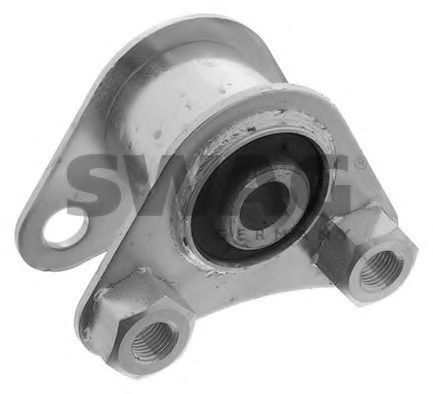 Опора двигателя SWAG 70130010