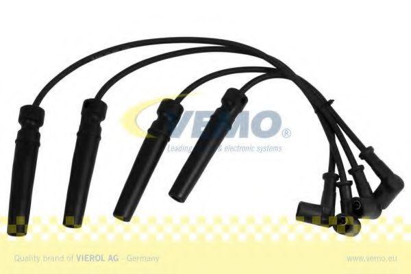 Комплект проводов зажигания VEMO V51700005