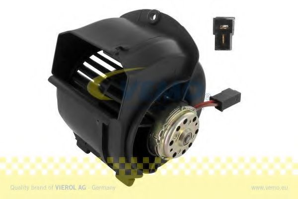 Вентилятор салона VEMO V15031861