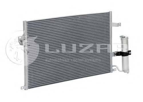 Радиатор кондиционера LUZAR LRAC0578